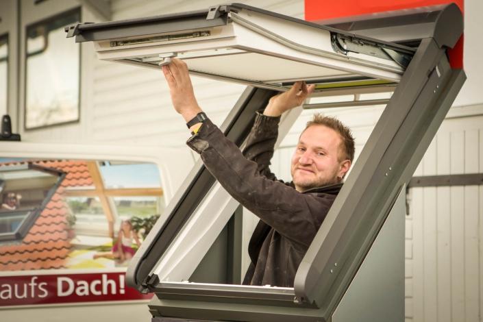 Zimmerei Wernz - Ihr Profi für Dachfenster, Dachfenster-Sanierung und kompletten Dachausbau